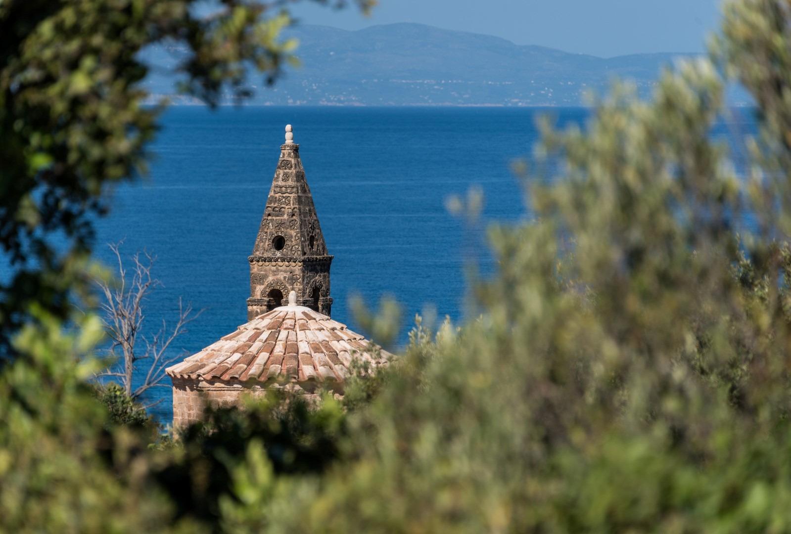 Day 4: Kardamyli - Moni Sotiros - Vyros Gorge - Kardamyli (Hiking tour).